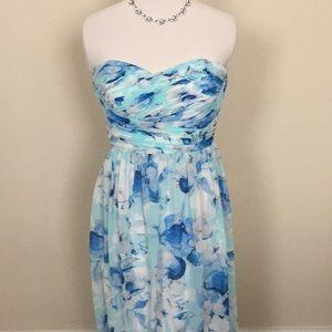 Donna Morgan blue floral print maxi dress 8